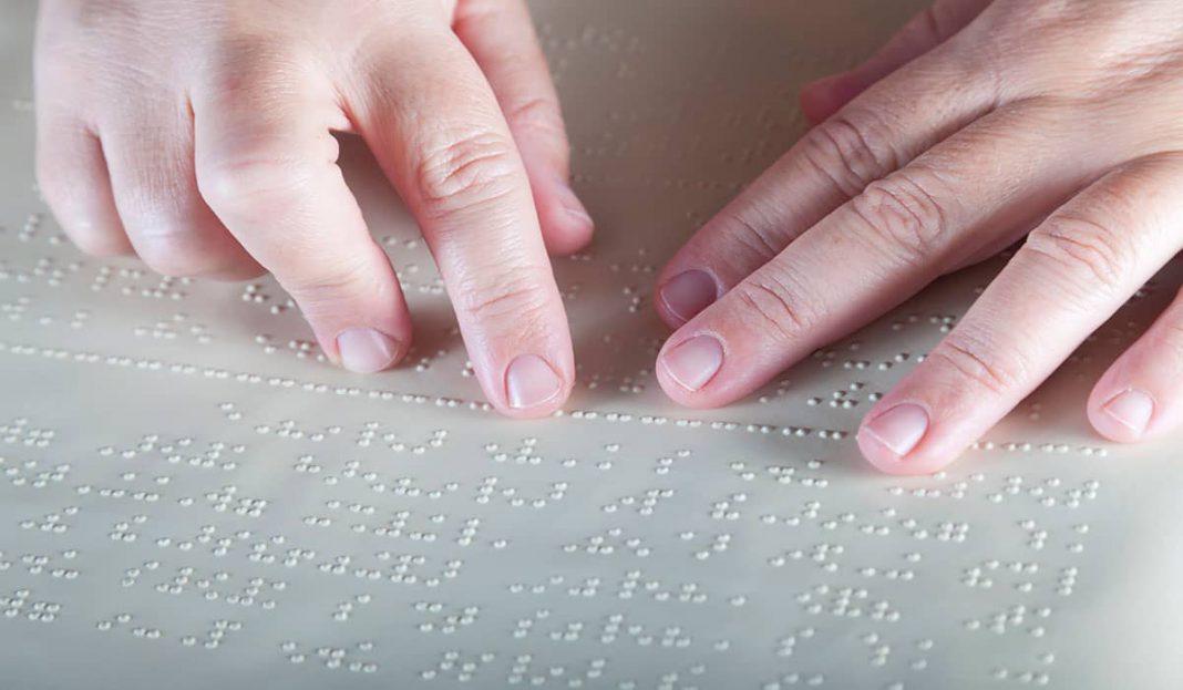 Una ayuda en braille muy bien diseñada