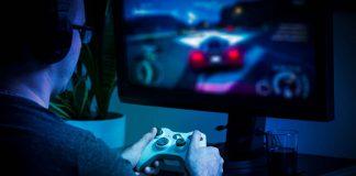 Jugar video juegos violentos puede engordar