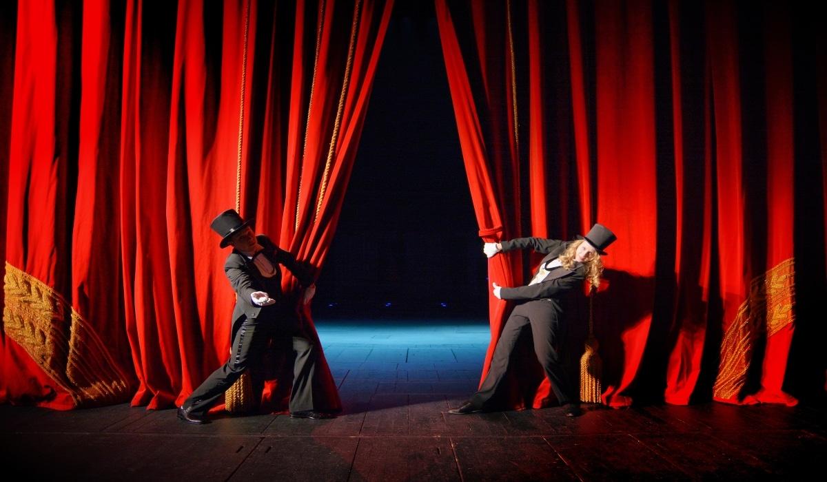 En El Día Mundial Del Teatro Las 10 Obras De Teatro Más Exitosas De La Historia Busca Ya La Nueva Edición 2020 2021